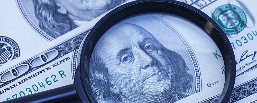 Стоит рассматривать долгосрочную стратегию, то есть приобретать иностранные валюты надолго, с целью получить доход через несколько лет
